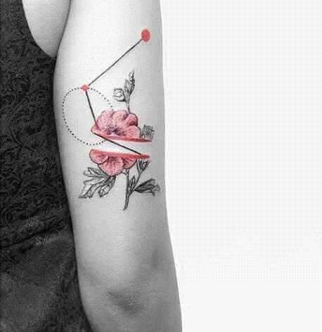 Arm Tattoo Abstakte Rose