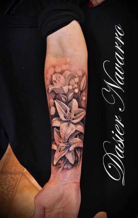 Arm Tattoo Orchidee