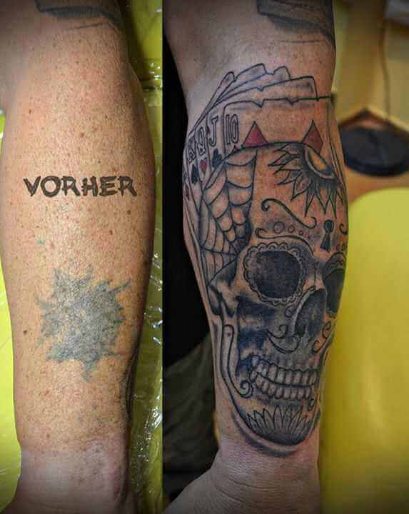 Cover up Tattoo Totenkopf