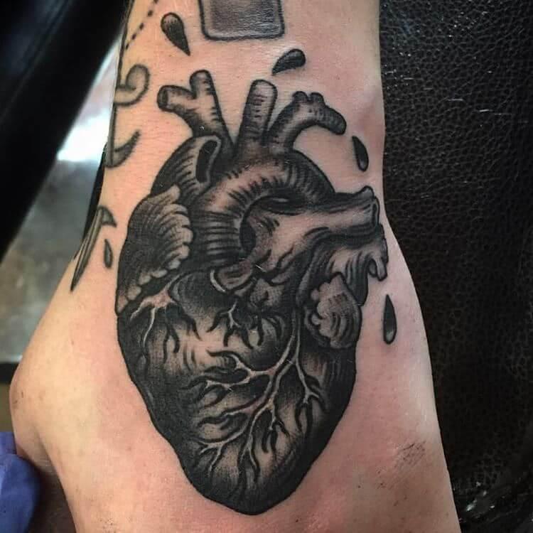 anatomisches Herz in schwarz