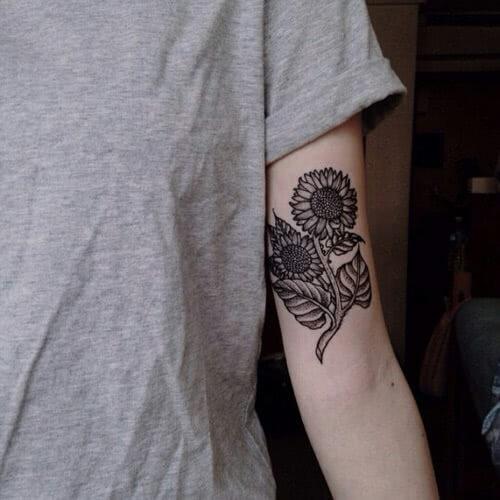 Blackwork Sonnenblume
