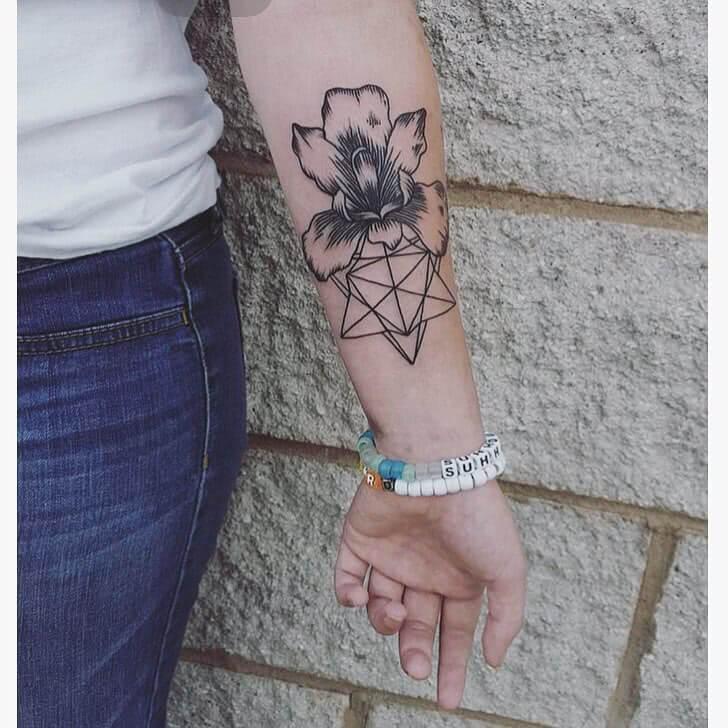 Blume mit geometrischen Muster