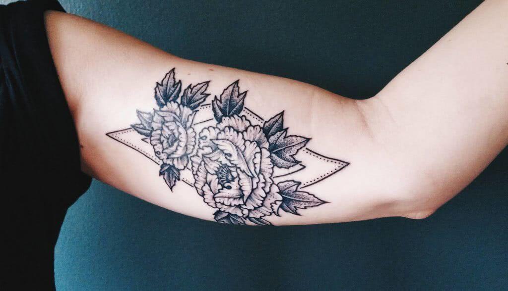 Blumen mit geometrischen Mustern