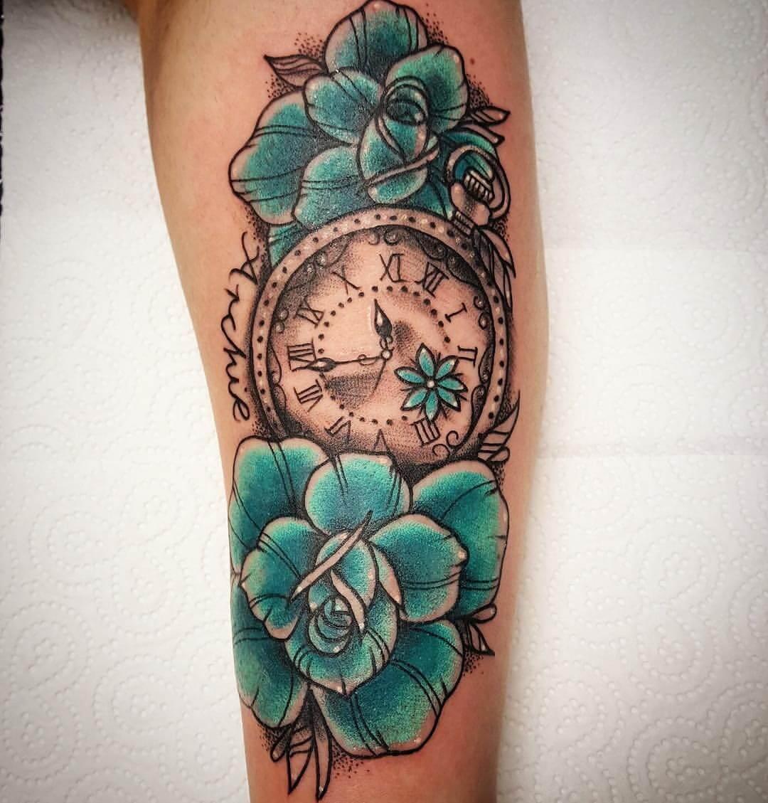 Blumen mit Uhr