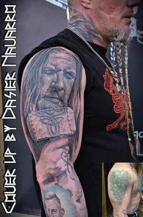Tattoo Cover up Thor mit seinem Hammer