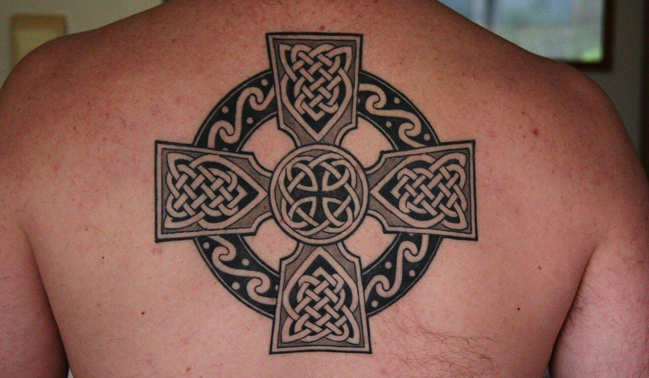 keltischem Kreuz