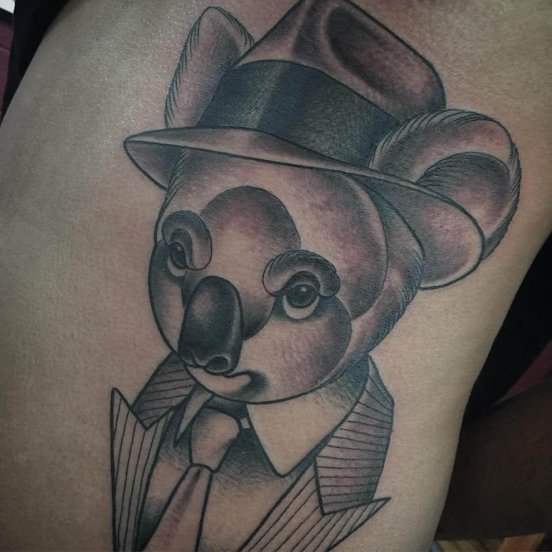 Koala im Anzug