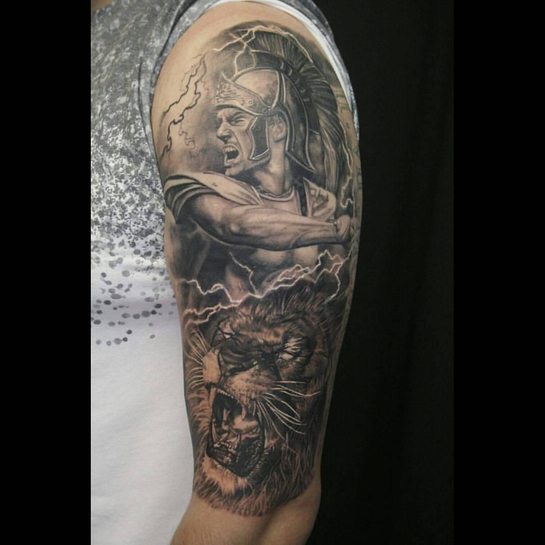 Leonidas Gladiator Loewe Halfsleeve