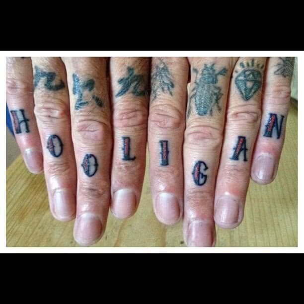 Oldschool Hooligan Finger