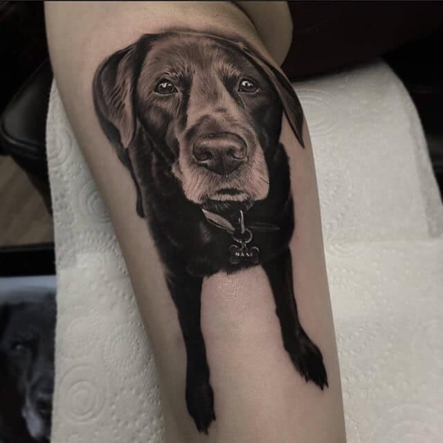 Realistischer Hund