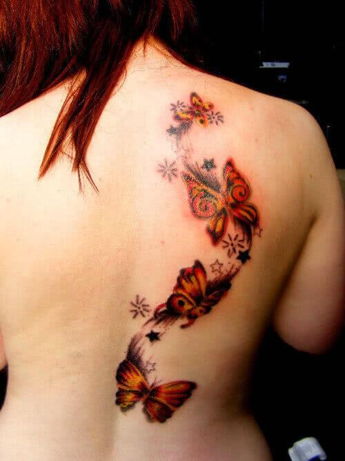 Schmetterlinge auf dem Rücken